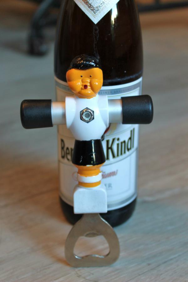 Kicker Flaschenöffner